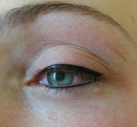 Permanente eyeliner boven en onder het oog